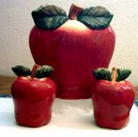 Big Red Apple 2-sided Ceramic napkin set