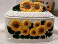 * Ceramic Sunflower Breadbox - 3-D sculpted