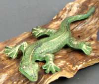 Cast Iron Gecko Figure Set of 2 Green
