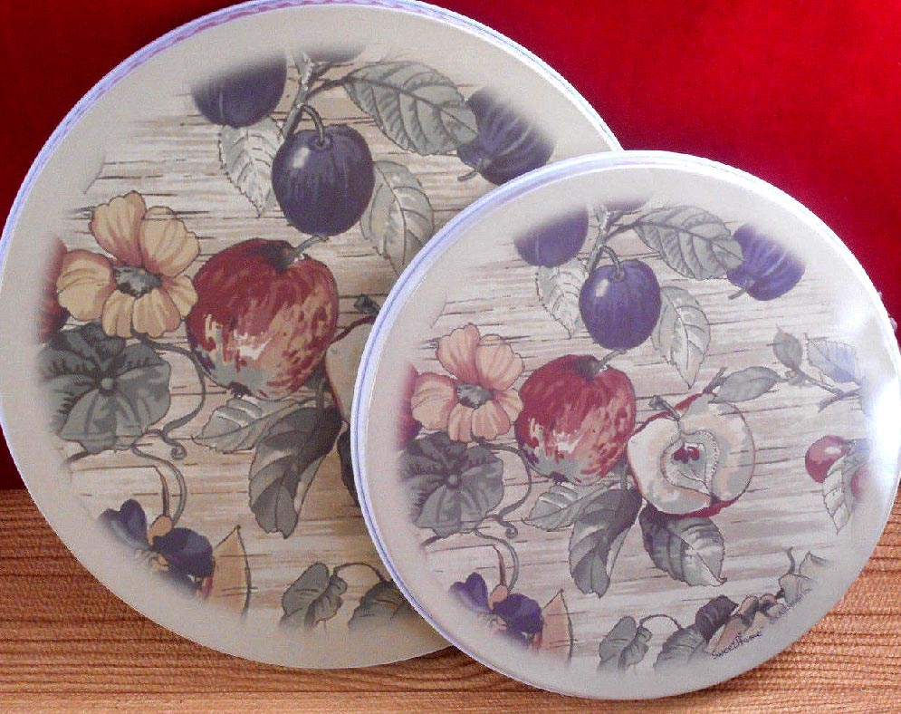 Apple Prim Country Art Round Metal Burner Covers